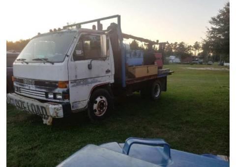 Isuzu welder truck